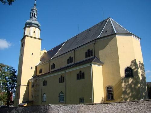 Kościół Św. Rodziny w Chełmsku Śląskim